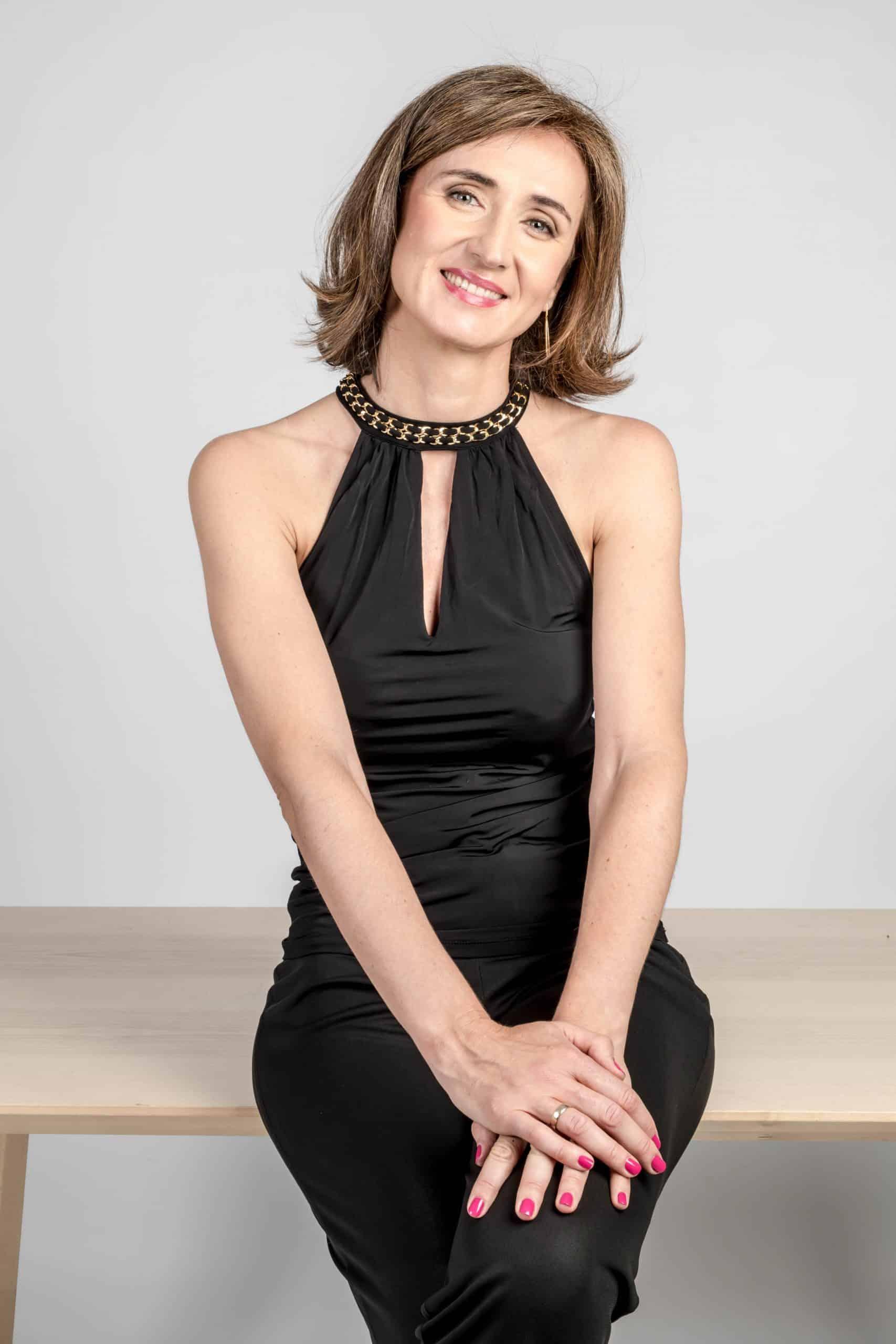Julieta Romero Love Coach